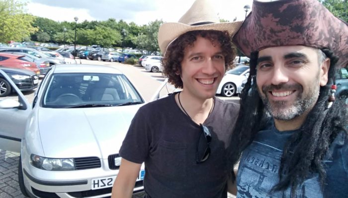 Con mi gran amigo Lluis justo antes de partir como un hombre libre.